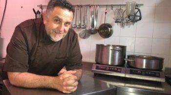 Marc Moussel chef de cuisine et fondateur de -M- Traiteur & Rôtisseur